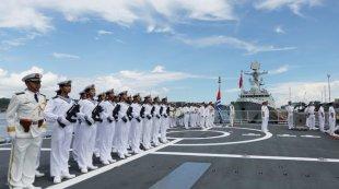中国海军远航访问编队抵达菲律宾进