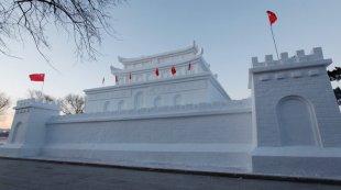 """长春南湖公园打造雪雕版"""""""