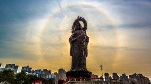 武汉归元寺现日晕景观