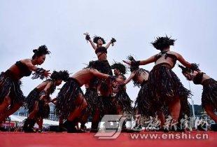 宣恩举办稻草人艺术节