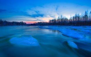 五月 最冷小镇的冰河